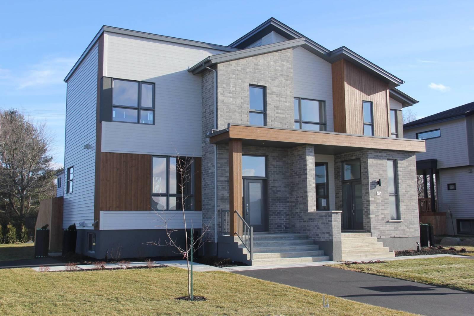 portes et fenêtres extérieures maison jumelée